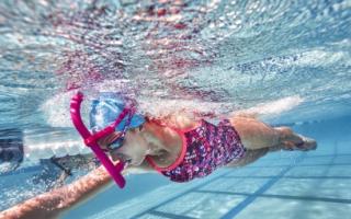 Как правильно плавать с трубкой