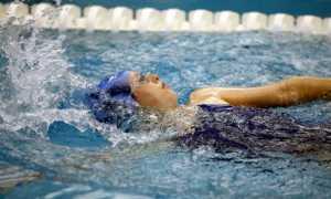 Плавание при остеохондрозе – панацея или самообман?